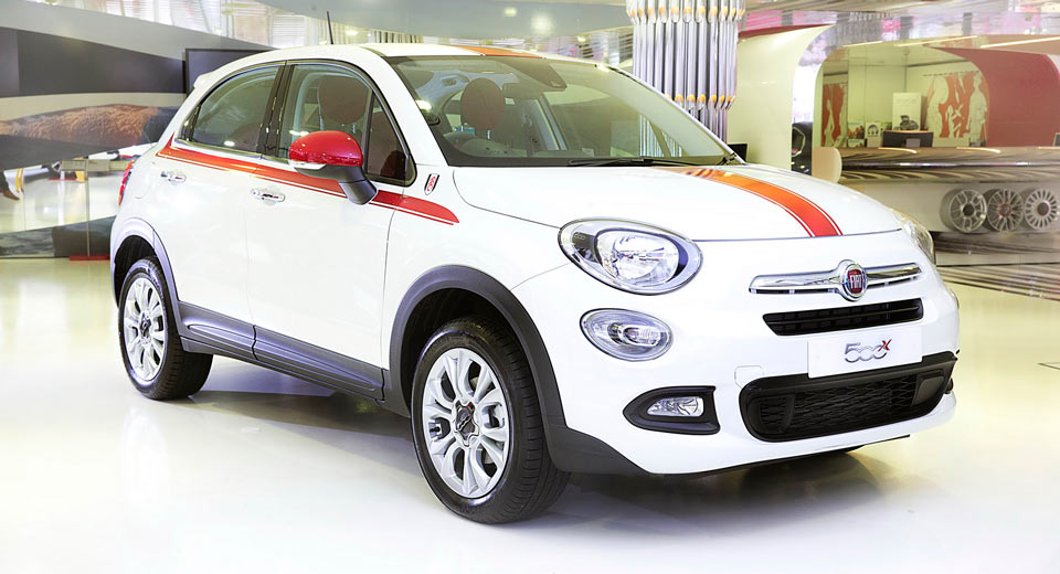 New Limited Edition Fiat 500X Fulham FC Special Edition Announced