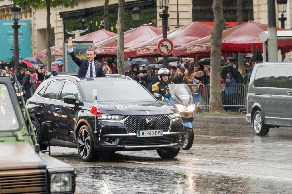 DS 7 CROSSBACK: DRIVEN FOR THE FIRST TIME IN PUBLIC ON OFFICIAL CEREMONIAL DUTIES