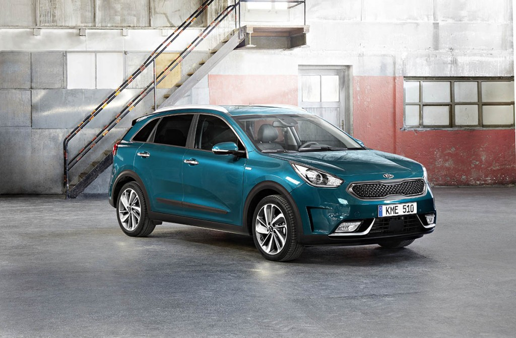 ALL-NEW NIRO AVAILABLE AT SUTTON PARK GROUP WINS BEST HYBRID IN 2017 DIESEL CAR AWARDS