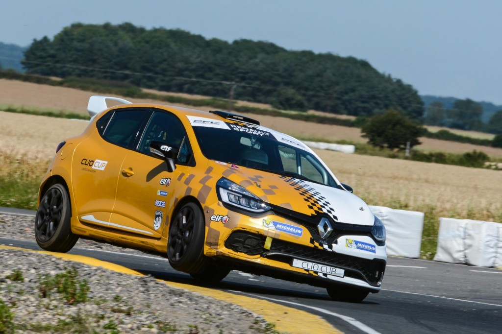 YOUNGSTERS HIGHLY IMPRESSED BY RENAULT UK CLIO CUP JUNIOR CAR