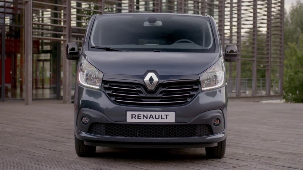 RENAULT TRAFIC SPACECLASS OPENS FOR ORDERS