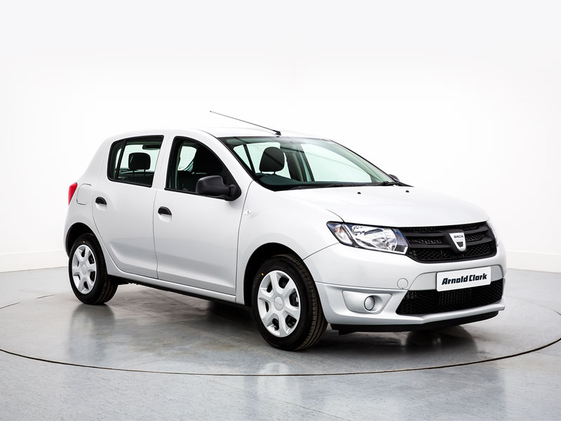 DACIA SANDERO AWARDED BEST BUDGET USED CAR 2018 BY DIESEL & ECO CAR