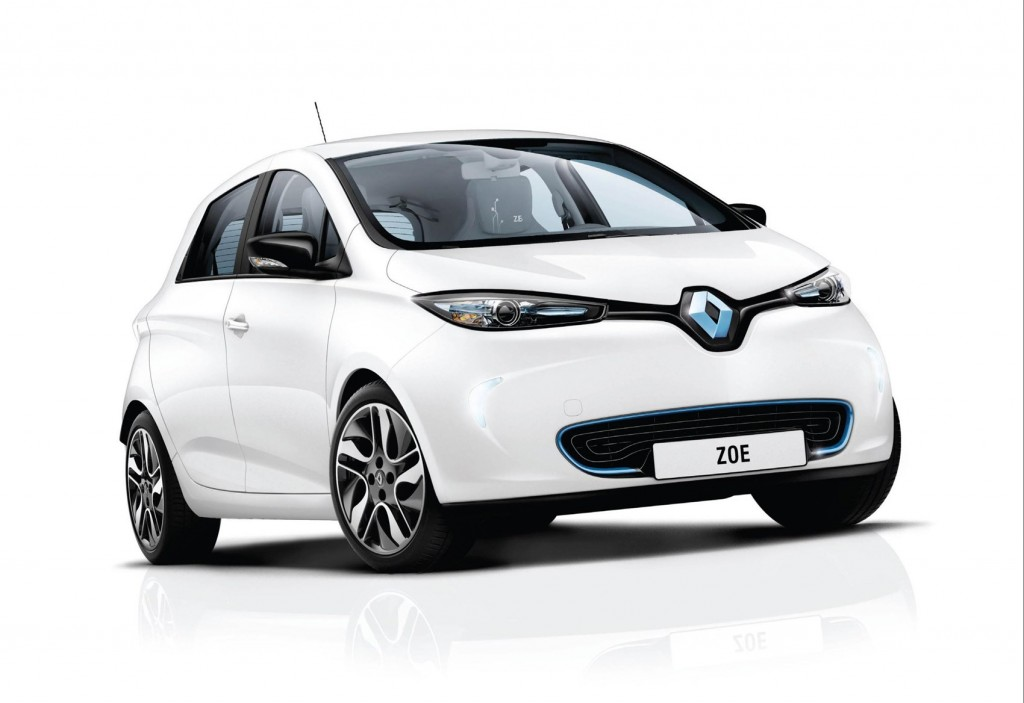 ALL-ELECTRIC RENAULT ZOE NAMED 'BEST ELECTRIC CAR UP TO £20,000' FOR THE FIFTH CONSECUTIVE YEAR AT WHAT CAR? AWARDS