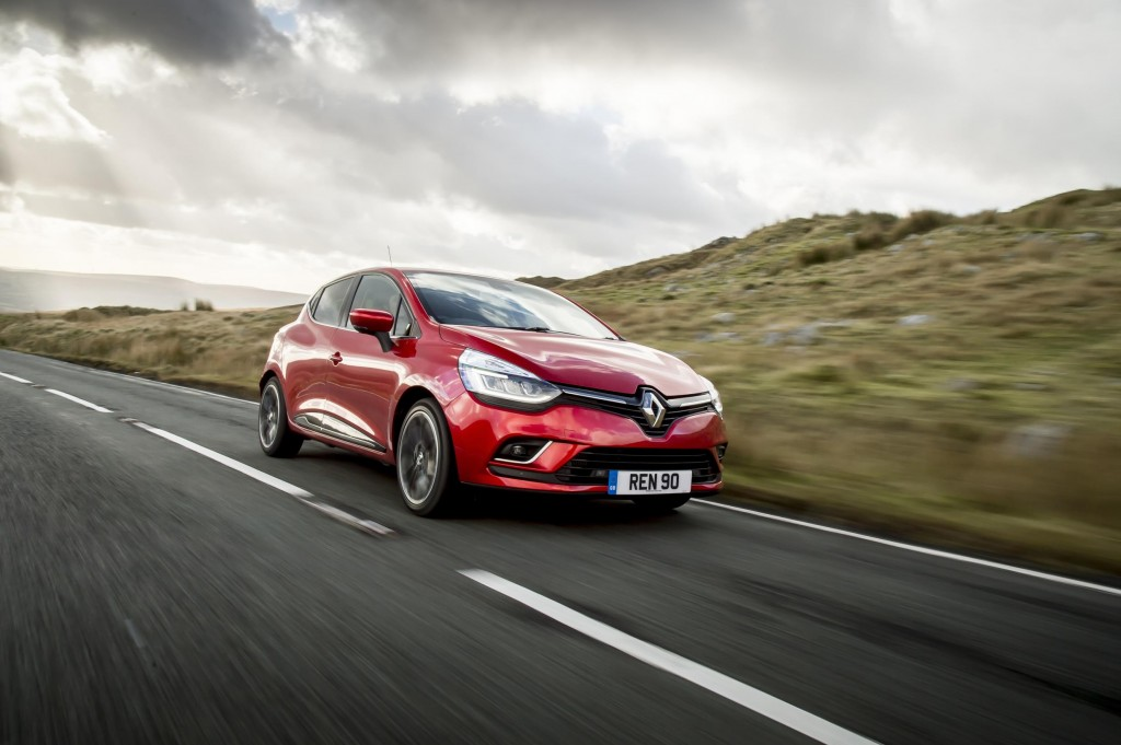 RENAULT ANNOUNCES MARCH REGISTRATION PLATE OFFERS