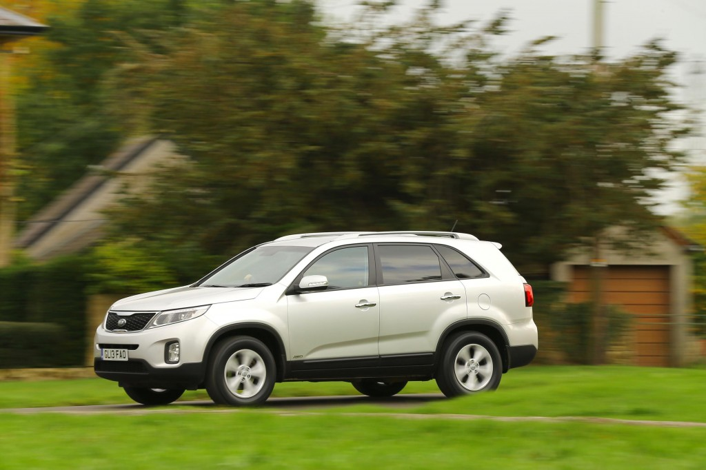 DOUBLE BIRTHDAY CELEBRATIONS AS SPORTAGE TURNS 25 AND SORENTO ARRIVED IN THE UK 15 YEARS AGO